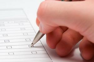 Как выбрать страховую компанию (СМО) для ОМС: отличия, рейтинги